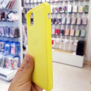 Ốp lưng điện thoại da logo táo vàng1
