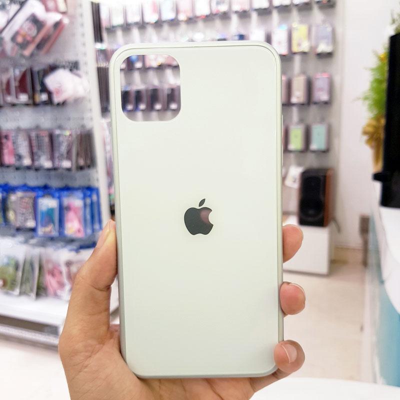Ốp lưng điện thoại lưng kính logo táo trắng1