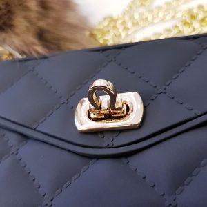 Ốp lưng điện thoại sang chảnh ví Chanel đen3