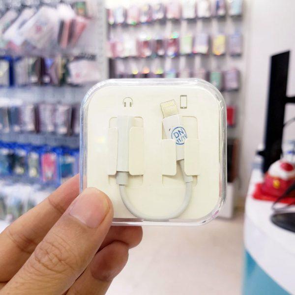 Đầu chuyển lightning sang 3.5 cho iPhone-1